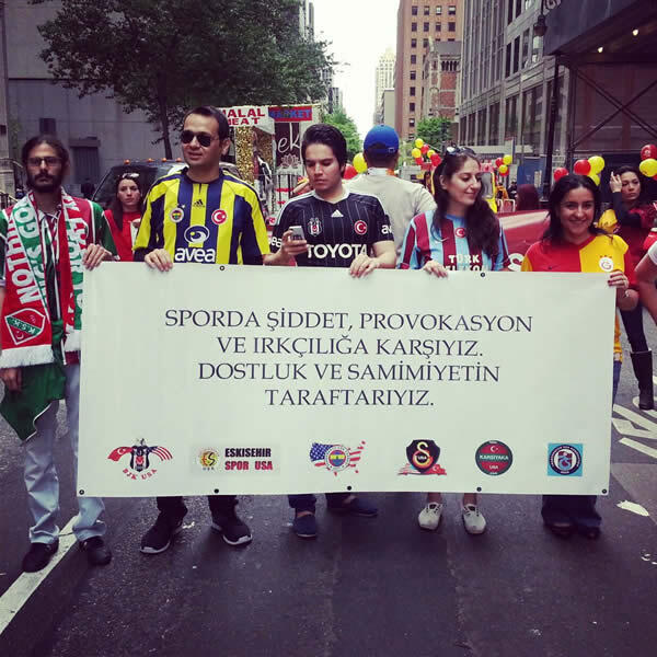 Trabzonspor New York Yuruyus (2)